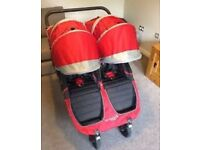 City mini GT double buggy . Baby jogger twin pushchair . Stroller