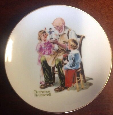 """Vintage Norman Rockwell 6.5"""" Collectible Plate """"The Toymaker"""""""