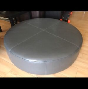 BEAUTIFUL OTTOMAN 4x1 feet Brand new