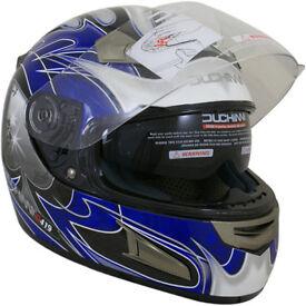 Duchinni D419 Ace helmet at Bikers Yard