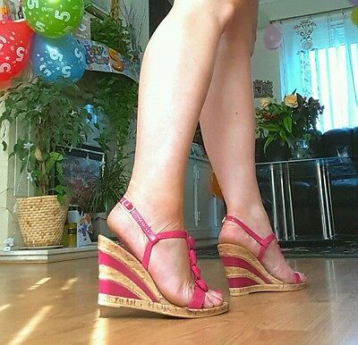 New Lotus pink t bar wedges size 6 / 39 for sale  Shipping to Ireland
