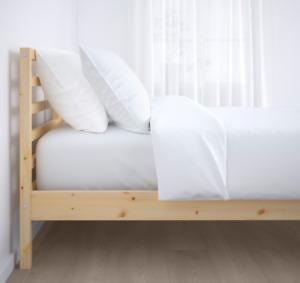 Tarva Bed Frame (Full)