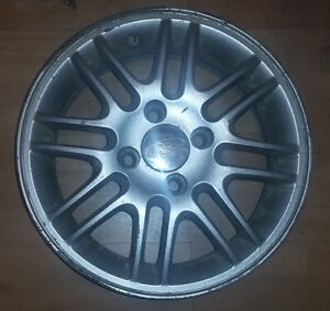 4x MAGS ORIGINAL FORD FOCUS SPORT 4X108 - R15 + CENTER CAP FORD