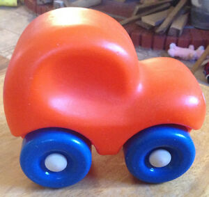 VTG LITTLE TIKES PUSH CAR-CHUNKY CAR-TODDLER TOY-ORANGE-1980 Gatineau Ottawa / Gatineau Area image 1
