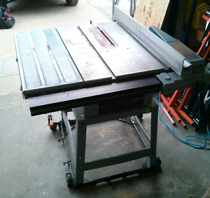 "Delta 10"" Heavy Duty Industrial Table Saw & Unifence"