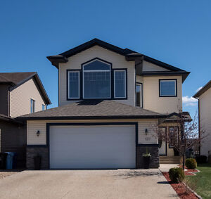 Fabulous pond & greenbelt views! 137 Fireweed Crescent