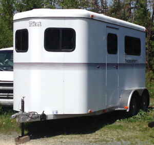 Two-horse, Bumper-pull Trailer with Separate Tack/dressing Room