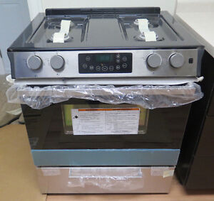 "30"" SLIDE IN GAS RANGE - STOVE - BRAND NEW"