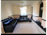 BLACK LEATHER 3+2 SEATER SOFAS - VERY GOOD CONDITION - MUST GO ASAP - CHEAP DELIVERY - £260