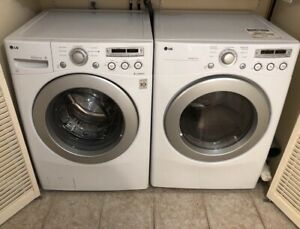 Front Loading LG Washer & Dryer - Laveuse sécheuse frontales
