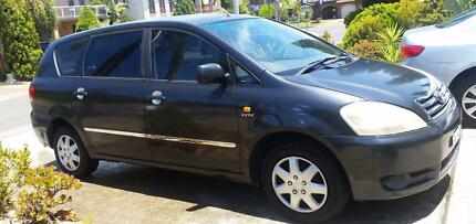 Toyoto Avensis 2002_7 SEATER + LENGTHY REGO