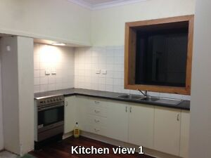 4/1 Family or student House in Kewdale, kids to school by walking Kewdale Belmont Area Preview