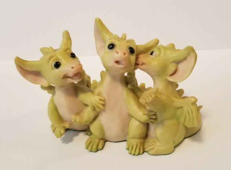 """Telling Secrets"" Whimsical World Pocket Dragons Real Musgrave no Box"