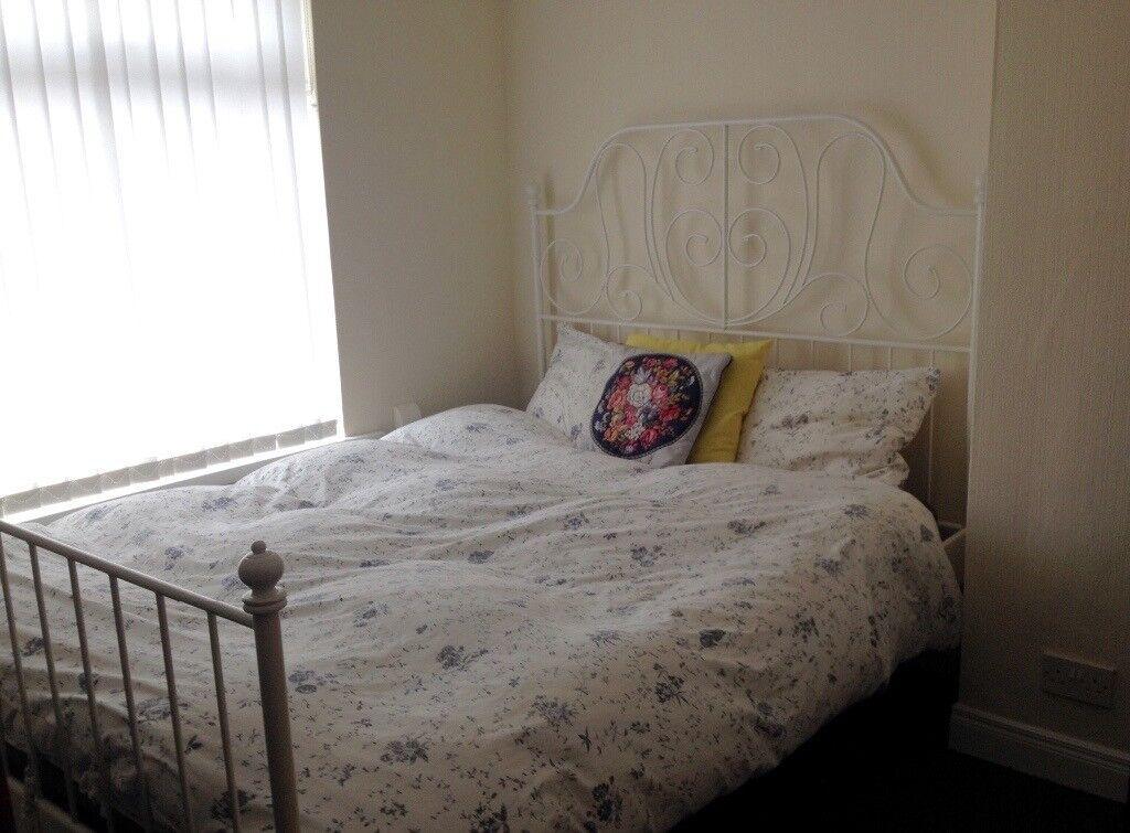 White Ikea leirvik bed