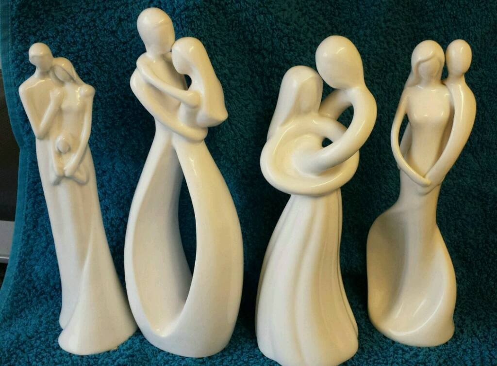4 white figurinesin Halfway, South YorkshireGumtree - 4 perfect condition white figurines, no chips or cracks. 10 inch tall. Wanting to sell together but will consider seperating. Collection only