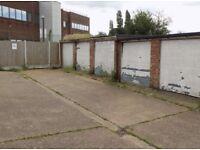 Garage in Romford, RM3, Essex (SP44643)