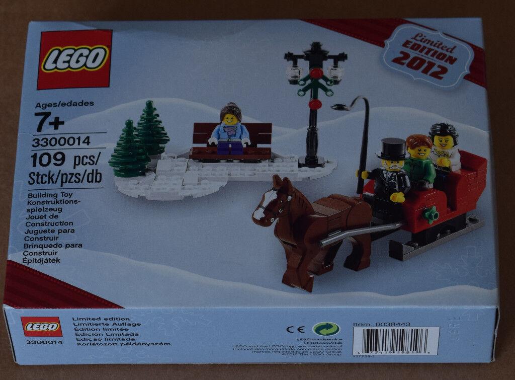 LEGO 3300014 - Seasonal Christmas set 2012 - COLLECTABLE - GIFT IDEA!