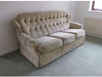Comfy 3 seater cloth upholstered sofa in excellent condition