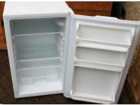 Fridgemaster MUL49102 Undercounter larder fridge.