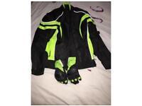 Biker jacket and gloves women's