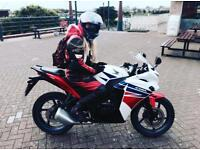 FEMALE MOTORBIKE LEATHERS FOR SALE
