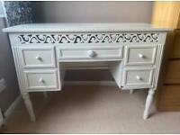 Dressing table/ desk