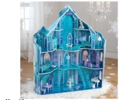 Frozen Dolls House