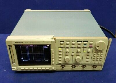 Tektronix Tds744a Color 4 Channel Digital Oscilloscope 500 Mhz