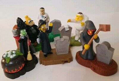 Characters Of Halloween (The Simpsons Burger King Halloween Lot of 6 Characters Loose with Stands Marge)