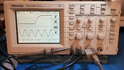 Tektronix Tds220 100 Mhz 2 Channel Digital Oscilloscope With Extension Module