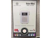 Retro Mini DAB/DAB+ FM Bluetooth Radio