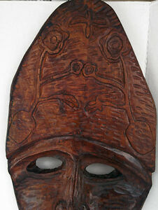 NEW PRICE Beautiful Carved African Mask Large solid Wood West Island Greater Montréal image 3