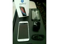Moto G4 PLUS 16gb white, UNLOCKED, dual sim.