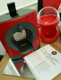 Dolce Gusto with Pot Holder