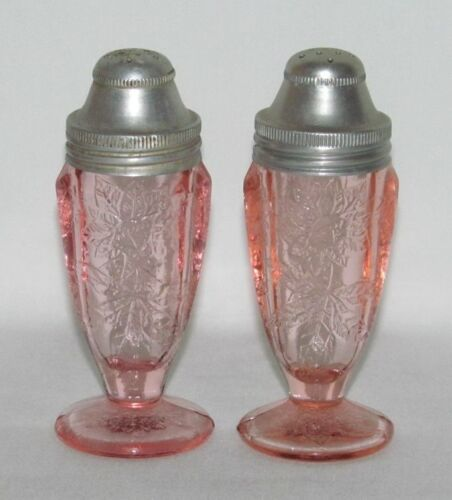Jeannette Glass Co. FLORAL Poinsettia Pink Pair Footed Salt and Pepper Shakers