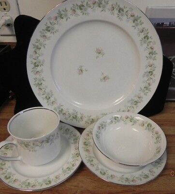 VNTG NEW 5 PC JOHANN HAVILAND BAVARIA GERMANY FOREVER SPRING CHINA PLACE SETTING