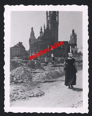 Holland-Nederlande-Kirche-ruinen-Trümmer-wehrmacht-Mädel Trachten kleid - Holland Trachten