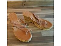 Size 6 1/2 ladys wedge shoes