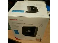 Honeywell lyric TR-6 smart roomstat cm927