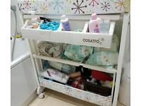 Cossato baby bath and changing table