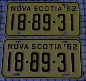 matching Nova Scotia license plates 1962  very good condition