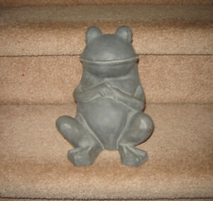 New Frog Ornament / Toadily Yours 'Summer Fun' Frogs