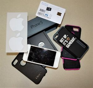 Apple iPhone 5 GSM with 16GB White & Silver (Unlocked)