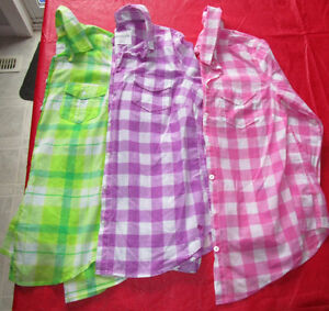 3x Girls long sleeve button up shirts from Aeropostale size Med