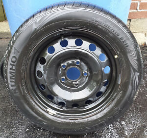 4 KUMHO ALL SEASON TIRES 205/60/16 LIKE NEW - FAST SALE