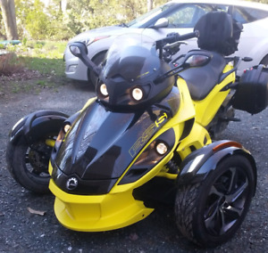 Can-am spyder rss 2014