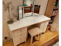 Almost new solid wood dressing table