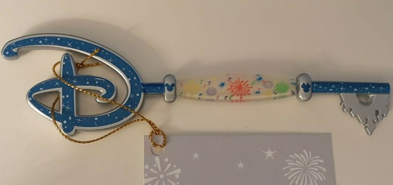 DISNEY STORE FIREWORKS KEY NOT PIN VERY HARD TO FIND AND VERY RARE CONDITION NEW