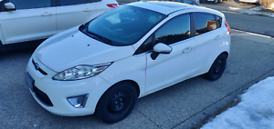 2011 Ford Fiesta SES- fully loaded and safety certified