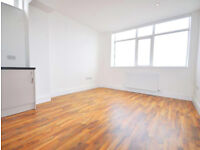 New built Studio flat with mosyt bills included near South Bermondsey Station, availabel now!